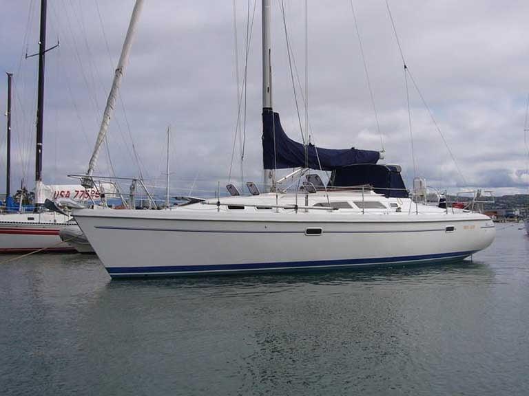 Catalina 380 Sail Cover
