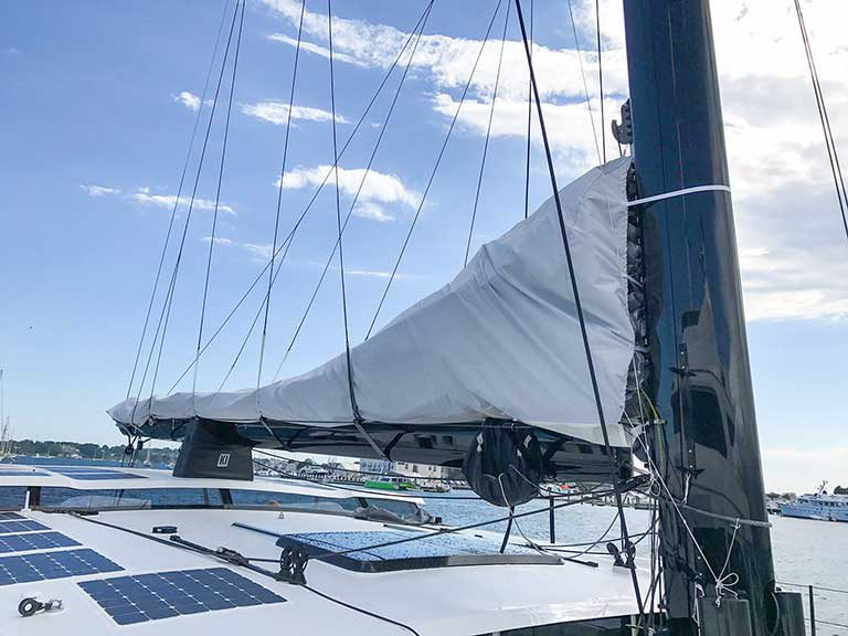 HH 66 Stack pack sail cover