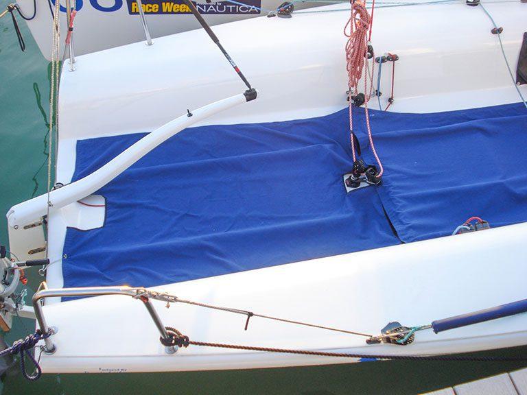 Melges 32 Cockpit Runner
