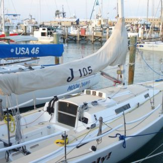 J 105 - Sail Cover